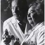 Hitchings et Elion, inventeurs de l'Acyclovir. Prix Nobel pour cette découverte.